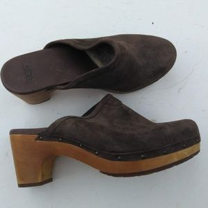 UGG Abbie shoes clogs 9 suede leather upper